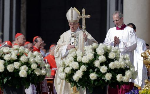 Папата упати повик да престане истребувањето во Сирија