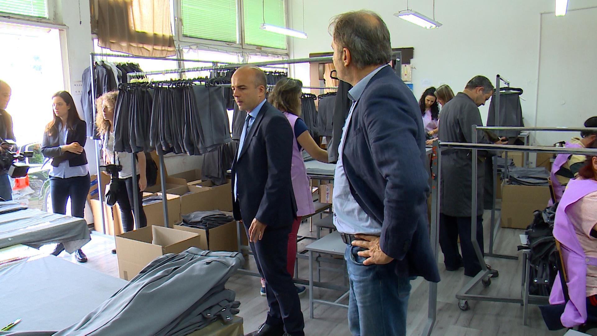 Министерот Тевдовски од кумановска компанија промовираше нови мерки за раст на фирмите