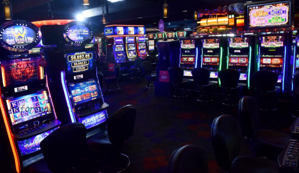 Жители на Черкези ќе одговараат за приредување игри на среќа без лиценца