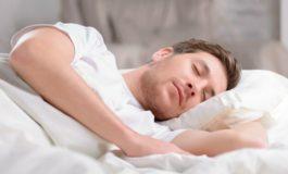 Спиењето влијае на слабеењето – Ослободете се од вишокот килограми со овие навики