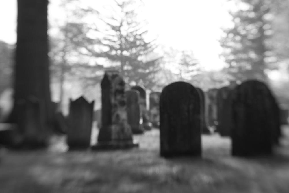 Семејството го кремирало, а по година дена тој се вратил дома