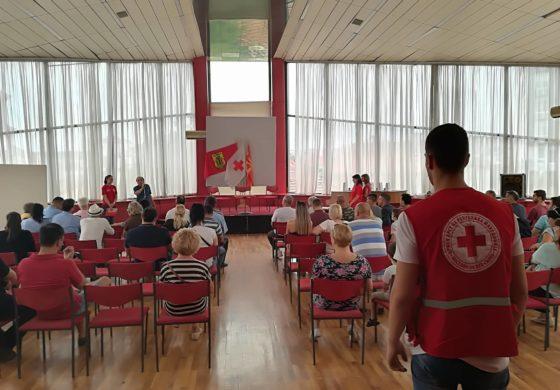 Во Куманово одбележан денот на крводарителството (ФОТО)
