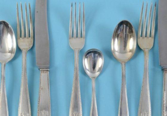 Приборот за јадење на Хитлер продаден на аукција (ФОТО)