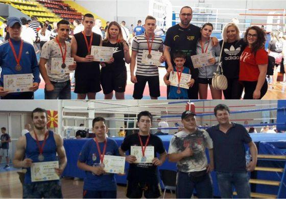 Кумановските кик-боксери освоија 10 медали на Државното првенство (ФОТО)