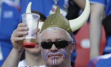 Русија се соочува со недостаток на пиво поради Мундијалот (ВИДЕО)