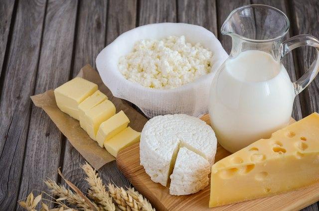 Нова студија се спротивставува на се што досега знаеме за млечните производи