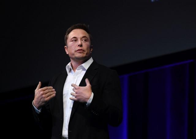 Илон Маск се извини на спасувачот од Тајланд кој го нарече педофил