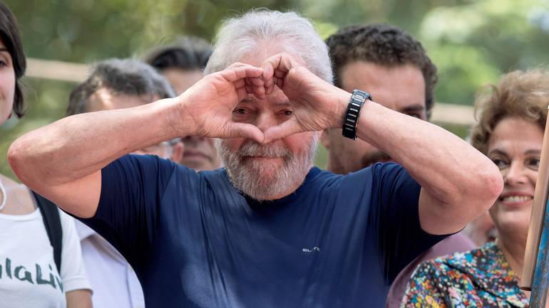 Ослободен поранешниот претседател на Бразил осуден на 12 години затвор
