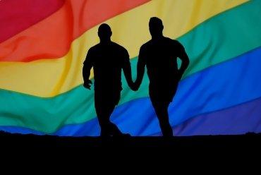Казнает австриски службеник кој не дал азил на хомосексуалец