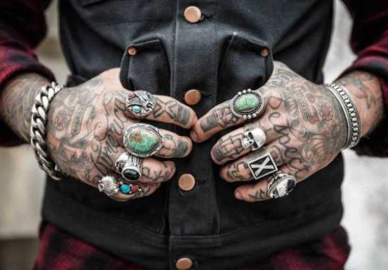 Тетоважи на овие делови од телото можат да ве чинат работа и кариера