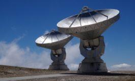 Телескопи во Австралија уловиле голем број необјасниви сигнали од други галаксии
