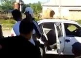 БИЗАРНА ТРАДИЦИЈА: Ги киднапираат жените и ги присилуваат на брак (ВИДЕО)