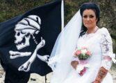 НЕ ИМ ОДЕЛО: Се омажила за дух, па се развеле (ВИДЕО)