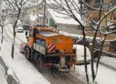 Се запали камион чистејќи снег во Куманово