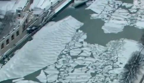 Леденото кралство наречено Чикаго (ВИДЕО)