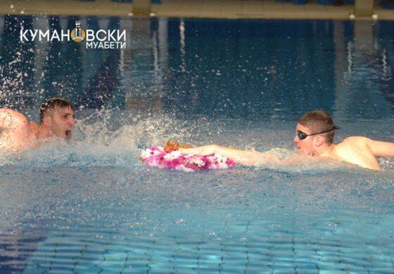 Никола Трајановски е набрзиот пливач по крастот во кумановскиот градски базен (ФОТО)