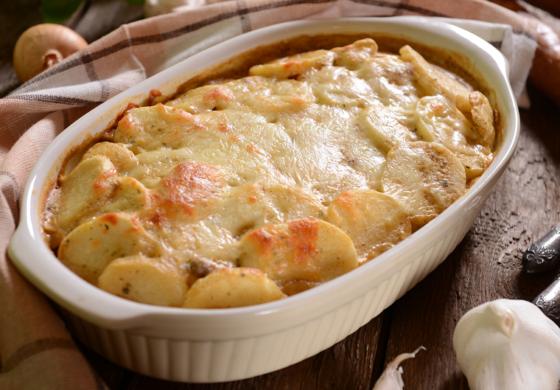 РЕЦЕПТ: Печен компир со сирење