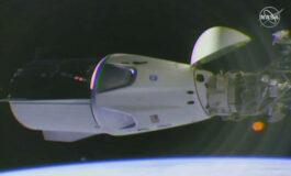 """Капсула на """"Спејс екс"""" пристигна на Меѓународната вселенска станица (ВИДЕО)"""