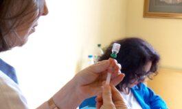 Успешно се одвива теренската вакцинација во кумановските училишта