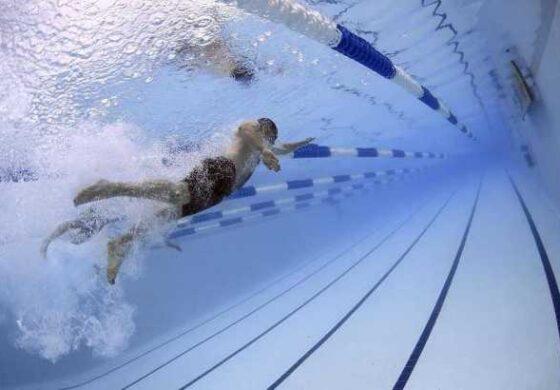 Пливањето помага во губењето килограми