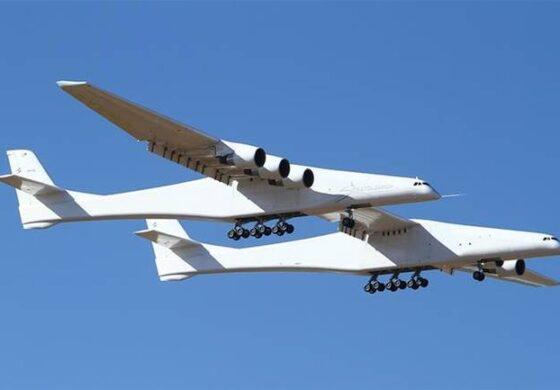 Најголемиот авион во светот го изведе првиот лет (ВИДЕО)