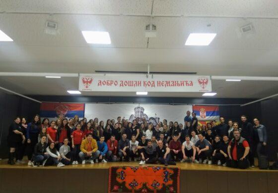 """КУД """"Српски вез"""" ја завшри турнејата во Дортмунд (ФОТО)"""