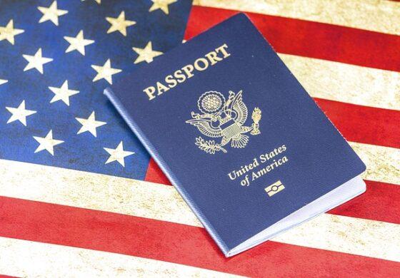 """Трансродова личност бара ознака """"Х"""" за полот во својот пасош"""