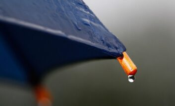 Не одете никаде без чадор, дождот може да изненади и во следните денови