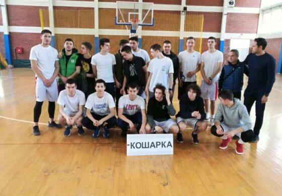 Кумановските гимназијалци шампиони на Македонија