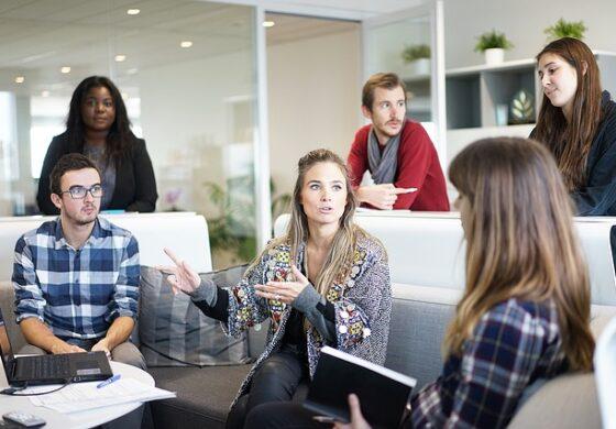 Која боја да ја изберете за работен, а која за љубовен состанок?