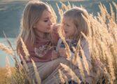 Врската меѓу мајка и ќерка: Единствена љубов која ништо не може да ја прекине