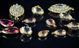 ХИРУРЗИТЕ ШОКИРАНИ: Во стомакот на оваа жена пронашле накит и монети вредни 60.000 евра