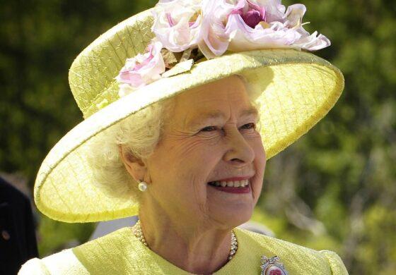 Се бара готвач за кралицата, за плата 24.000 евра