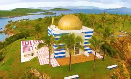 ФБИ упадна на островот на педофилот милијардер Епстејн (ВИДЕО)
