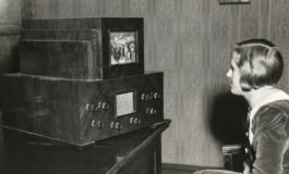 Правосмукалка, телефон, фрижидер, како изгледале кога за прв пат се појавиле? (ФОТО)