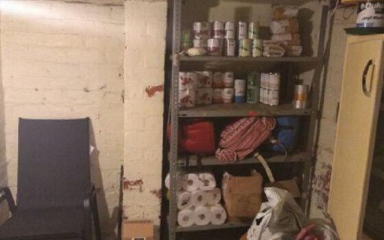 Поради Брегзит, Британците собираат залихи тоалетна хартија (ФОТО)
