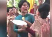 Жени се степаа на свадба и тоа поради храна (ВИДЕО)