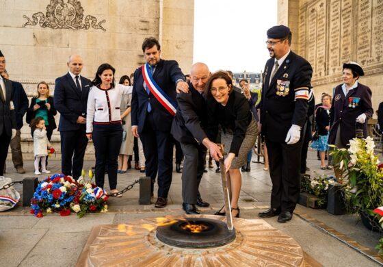 Во чест на Македонија, разгорен вечниот оган во Париз (ФОТО)