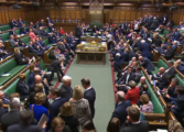 Договорот за Брегзит има шанси да биде усвоен, тврди британскиот министер за финансии