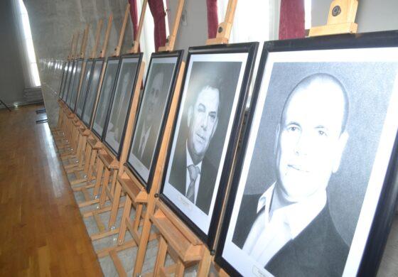 Изложба на портрети на сите досегашни градоначалници на Куманово (ФОТО)