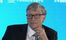 Бил Гејтс: Вештачката интелигенција мора да им биде достапна на сите