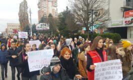Лицата со интелектуална попреченост во Куманово маршираа за своите права (ФОТО)