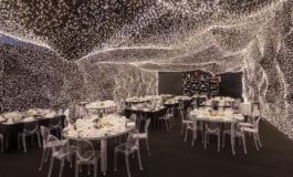 Како изгледа вечера под небо од 250.000 лед светилки? (ФОТО)
