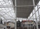 Почна монтажа на кровна конструкција на спортска сала во Куманово (ФОТО)
