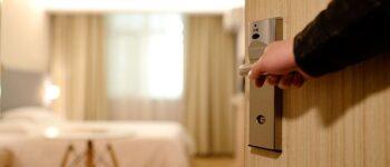 Соба во овој хотел чини 1 долар дневно, но под еден услов (ВИДЕО)