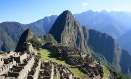 Туристи уапсени поради уништување на Мачу Пикчу